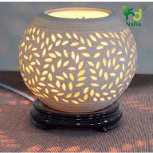 Đèn xông tinh dầu gốm lá me trắng Nada Oils