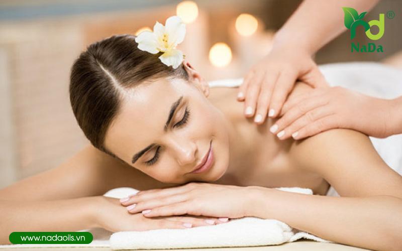 Tinh dầu massage gừng