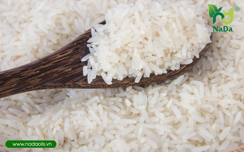 Đuổi kiến ra khỏi gạo